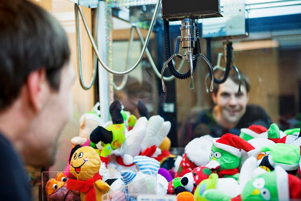 Get Many Advantages of Limited Time Offer in Real Claw Machine App